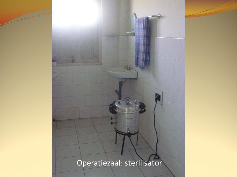 Operatiezaal: sterilisator