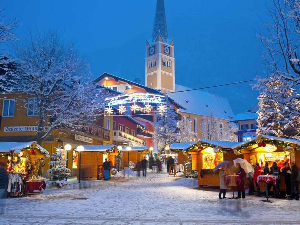 Inschrijven Via www.personeelskring.bewww.personeelskring.be Prijs: skiërs: 499 EUR (incl skipas Ski-Amadé, excl materiaal, Half Pension) wandelaars: 375 EUR (exl skipas, Half Pension) Verzekering (optioneel): 20 EUR voor een annulatie- en bijstandsverzekering Zie details voor de Top Selection polis: http://www.skifriends.be/verzekering?parentAlias=Skifriends http://www.skifriends.be/verzekering?parentAlias=Skifriends 16