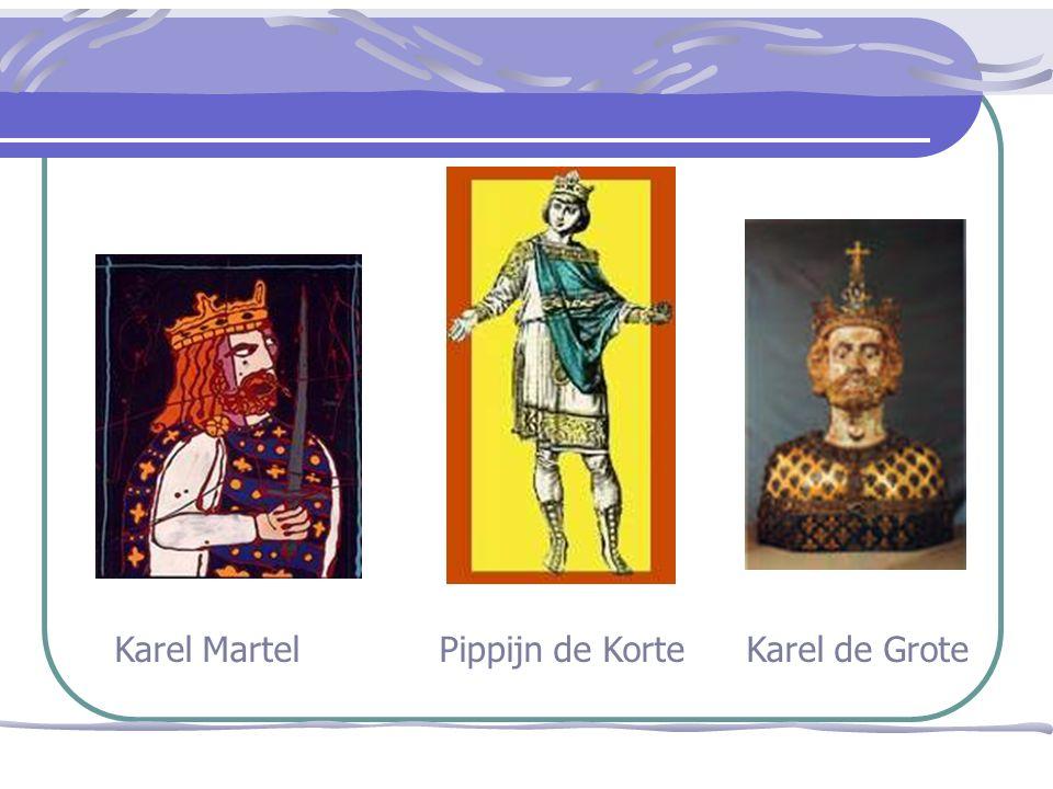 Karel de Grote verovert - verdediging rijksgrenzen - uitbreiding gebied - Kerstening (= bekering Christendom bedoeling : Karel de Grote verschillende veldtochten