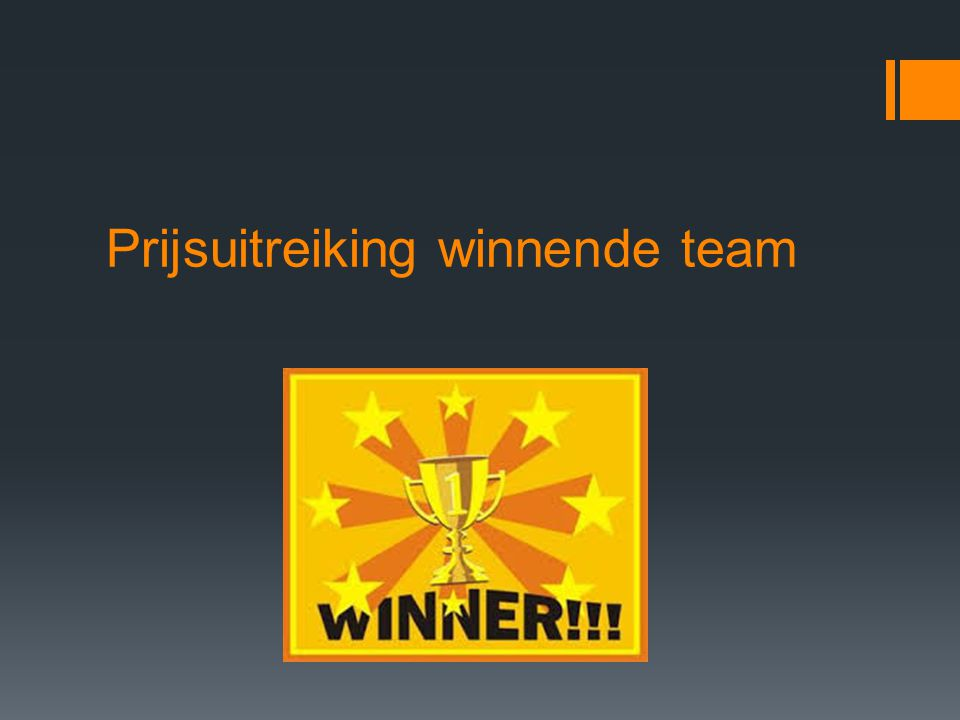 Prijsuitreiking winnende team