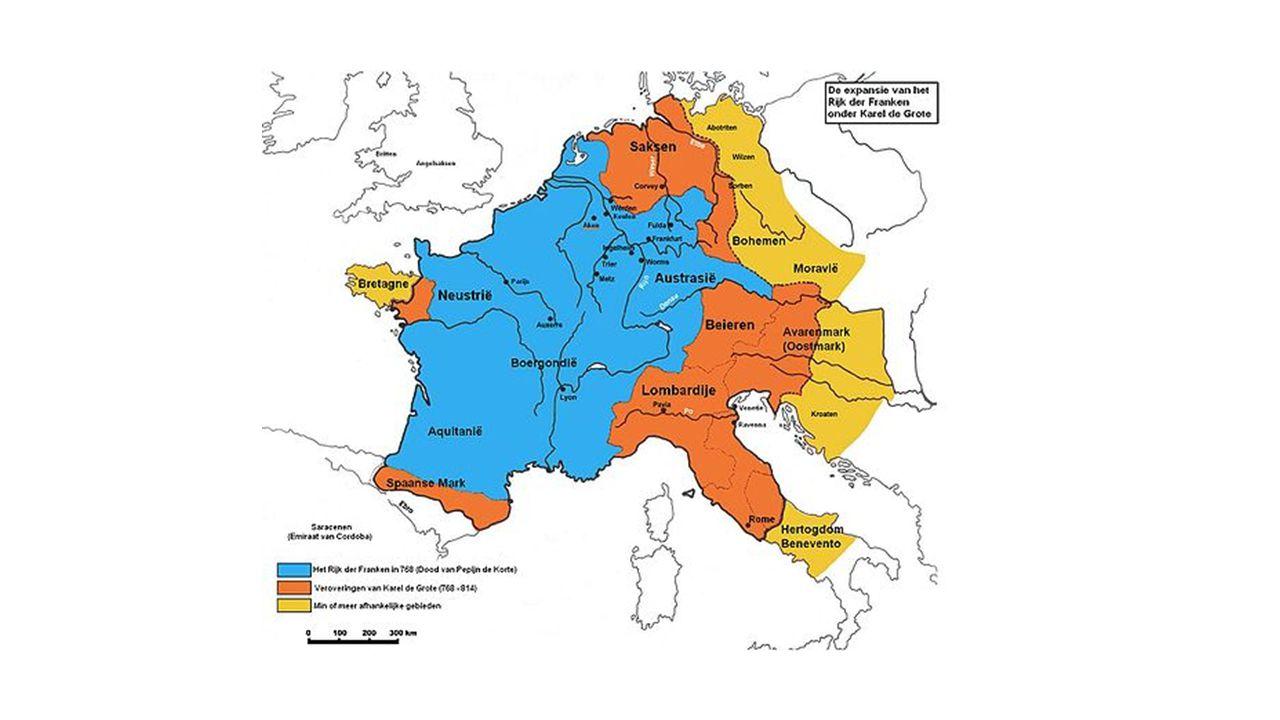 Karel de Grote 742-814 Groot machtig rijk Kon het niet alleen besturen en controleren.