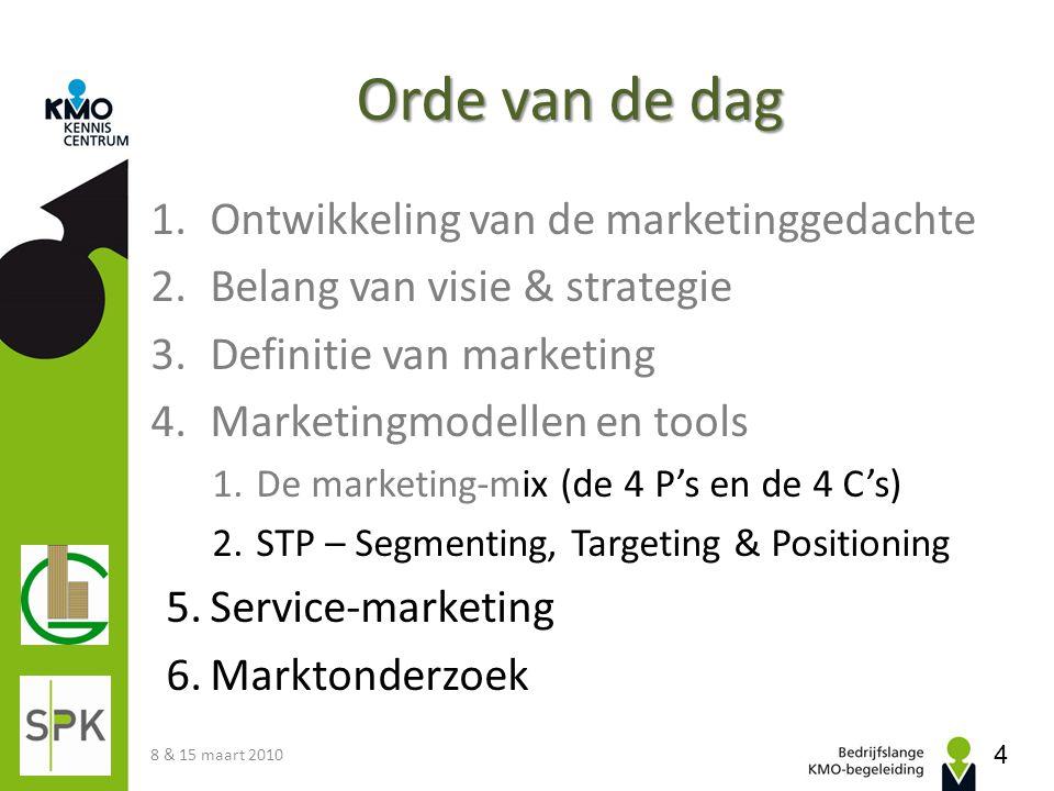 Marktsegmentatie Een marktsegment is een groep klanten met een set gemeenschappelijke kenmerken (zoals behoeften en gedrag) die aan eenzelfde marketingmix gevoelig zijn: • Product: early adopter vs.