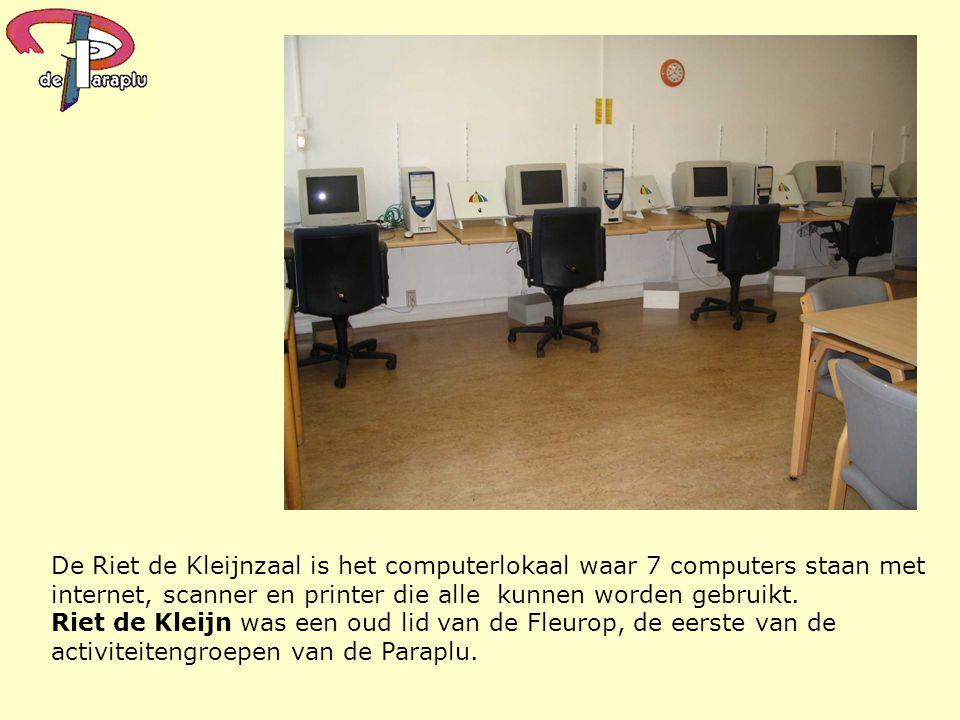 De Riet de Kleijnzaal is het computerlokaal waar 7 computers staan met internet, scanner en printer die alle kunnen worden gebruikt. Riet de Kleijn wa