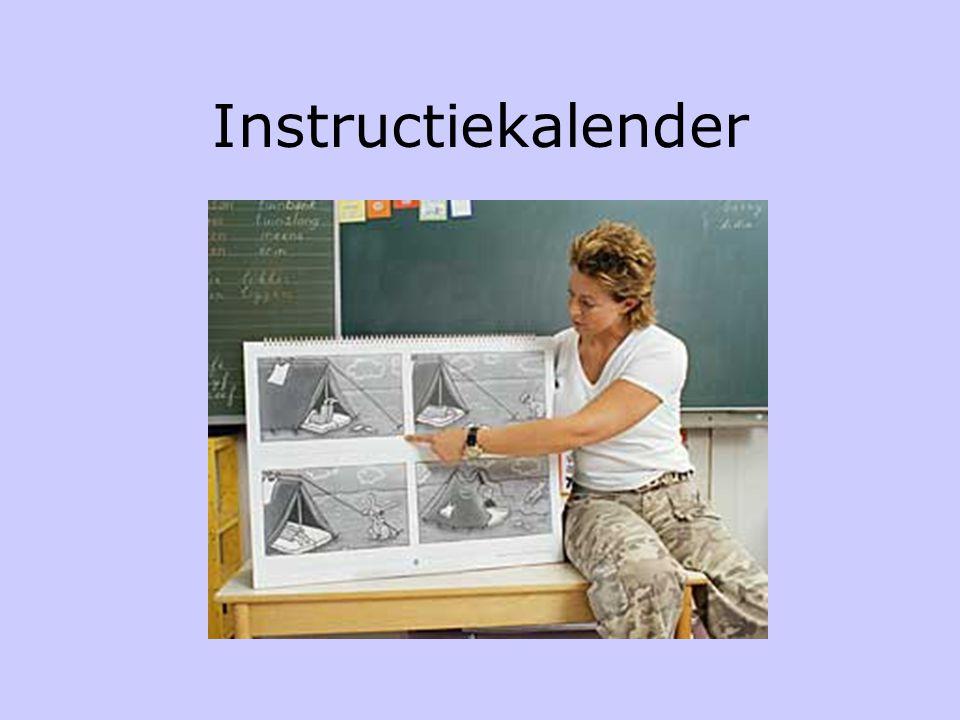 Veilig leren lezen Aanvankelijke leesmethode •Ankerverhaal – introductie nieuwe kern •Structureerwoord – wandplaat •Letterlijn – lettermuur •Instructi