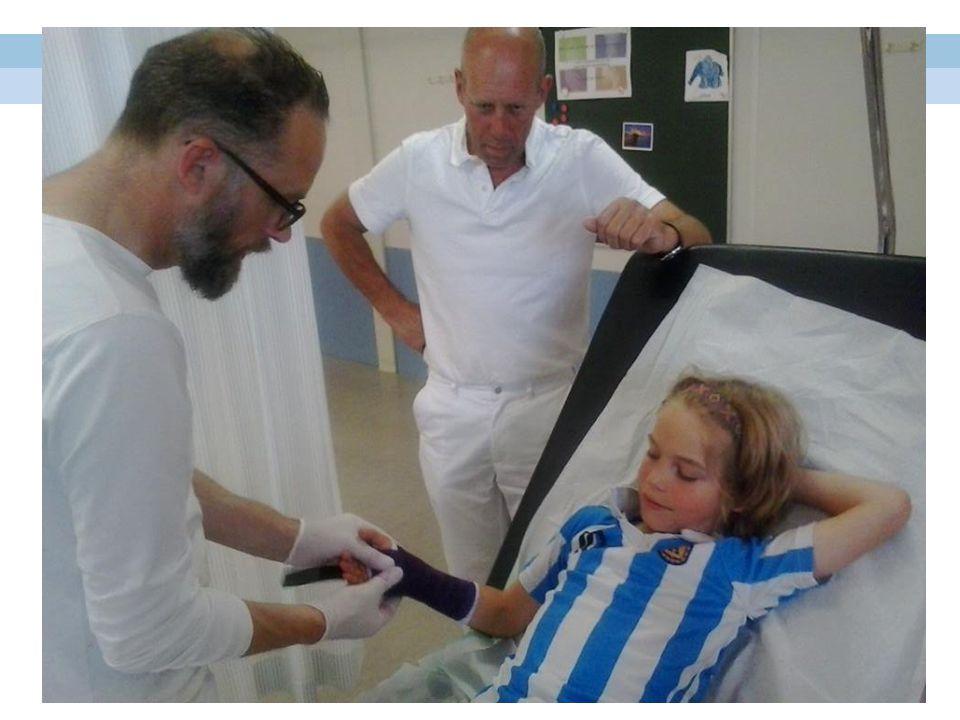 Wanneer ga je naar de gipskamer: • Patiënten met een aandoening aan het bewegingsapparaat (botten, pezen en gewrichten) kunnen behandeld worden op de