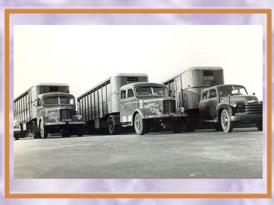 1935 - 1958 Chassisbouw bestemd voor bussen en vrachtwagens Inbouw van LW-G-GS- GH, TS en HT motoren