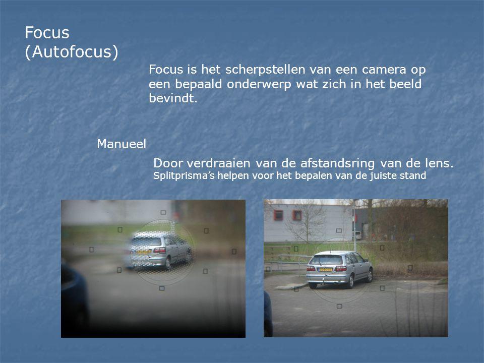 Focus (Autofocus) Focus is het scherpstellen van een camera op een bepaald onderwerp wat zich in het beeld bevindt. Manueel Door verdraaien van de afs
