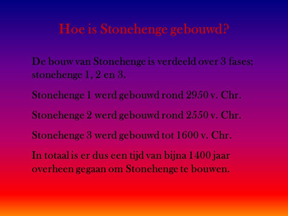 Hoe is Stonehenge gebouwd.De bouw van Stonehenge is verdeeld over 3 fases; stonehenge 1, 2 en 3.