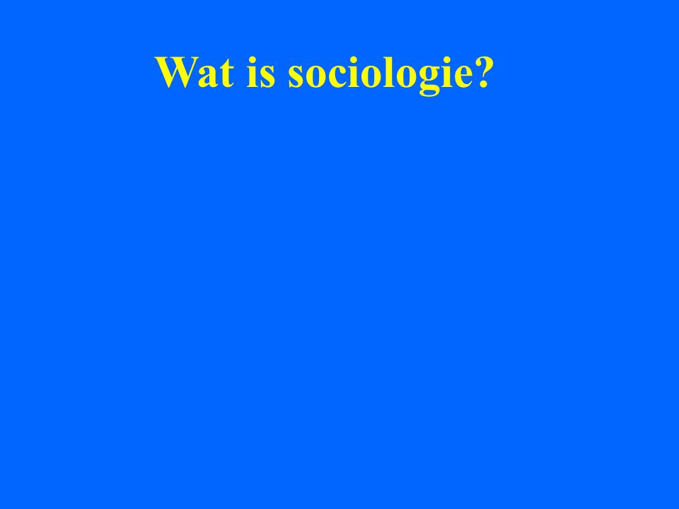 De hoofdvragen van de sociologie zijn door haar grondleggers te berde gebracht omdat de toenmalige filosofie en de economie, de eerste maatschappijwetenschap die zich van de filosofie afscheidde, over deze vragen heenliepen en hun theorieën te licht werden bevonden