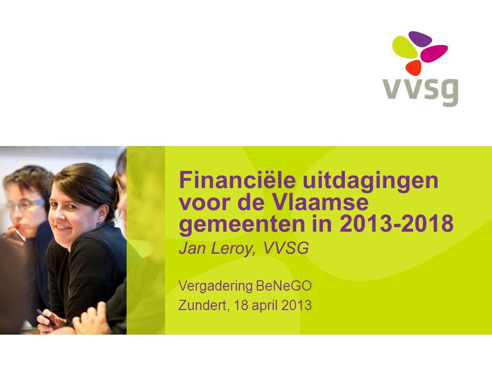 VVSG - Besluit •Bestuursperiode 2013-2018 wordt voor Vlaamse lokale besturen bijzonder moeilijk •VVSG vreest: •Inkrimping dienstverlening en afvloei personeel •Vermindering of uitstel investeringen •Verhogen retributies en belastingen •Inspanning zal ook van besturen zelf moeten komen •VVSG vraagt aan andere overheden vooral zekerheid over financiering (Gemeentefonds, rioolsubsidies, …) Financiële uitdagingen 2013-2018