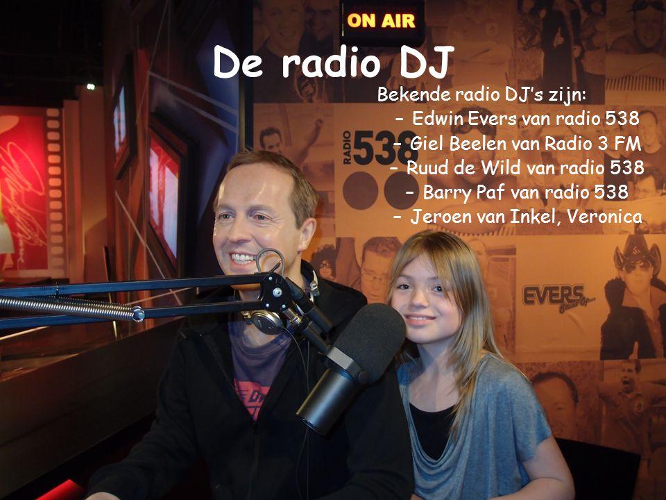 Wat is een DJ? •Een DJ is een man of vrouw die muziek draait voor publiek, op de radio, in een discotheek of op een festival. •Er zijn eigenlijk twee