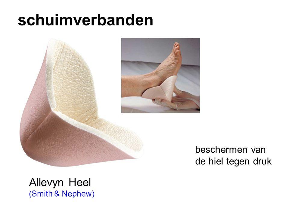 schuimverbanden Allevyn Heel (Smith & Nephew) beschermen van de hiel tegen druk
