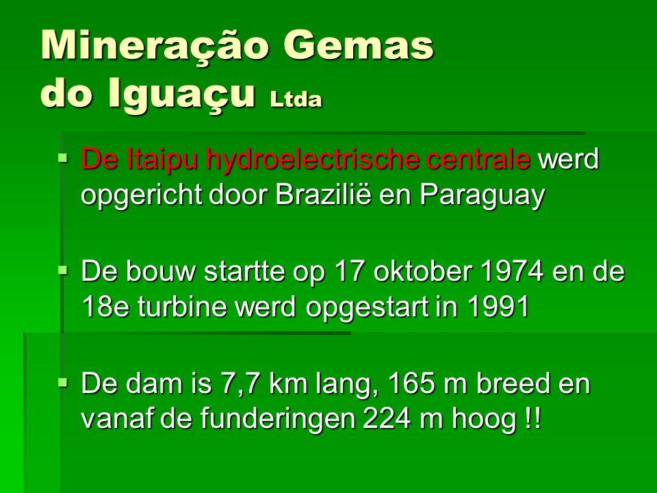 DDDDe Itaipu hydroelectrische centrale werd opgericht door Brazilië en Paraguay DDDDe bouw startte op 17 oktober 1974 en de 18e turbine werd o