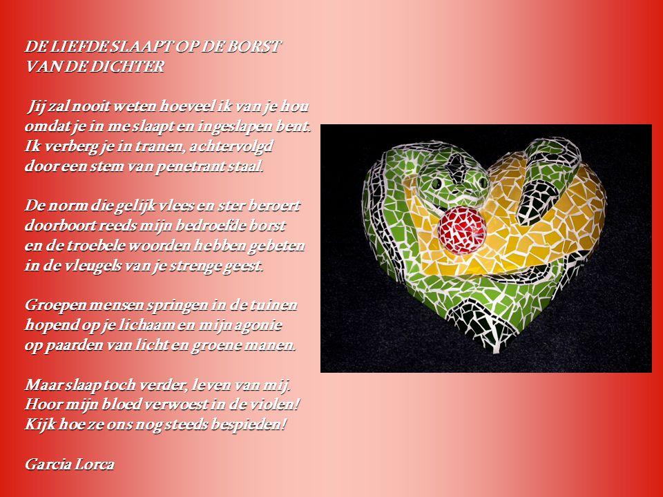 De anjerrode slang slaapt op de borst van de dichter Anjerrode slang, die in mijn gastvrije borst slaapt.