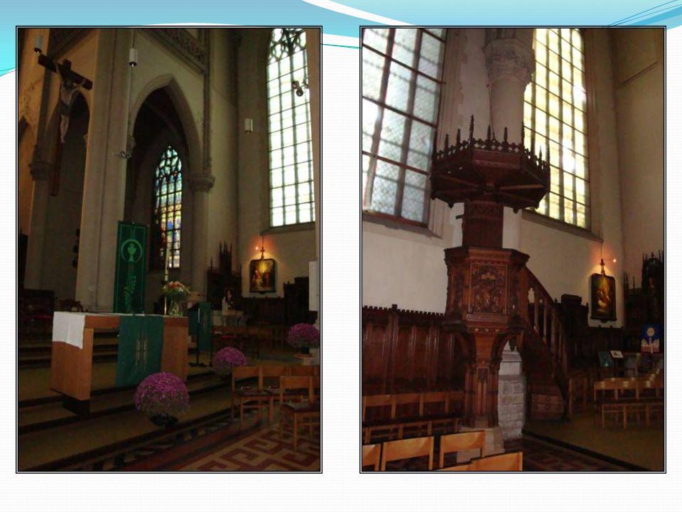 St. Jozefkerk In 1868 werd in de stationsbuurt gestart met de bouw van een tweede parochiekerk, de St.Jozefkerk. De bouw verliep met veel hinder- niss