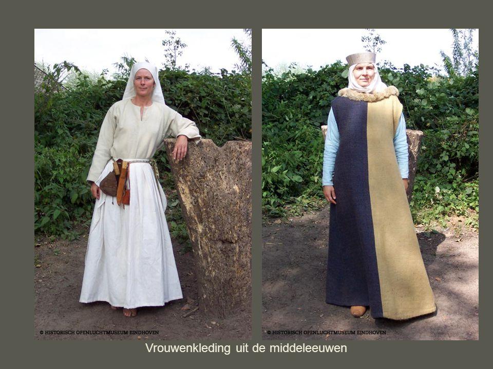 Vrouwenkleding uit de middeleeuwen
