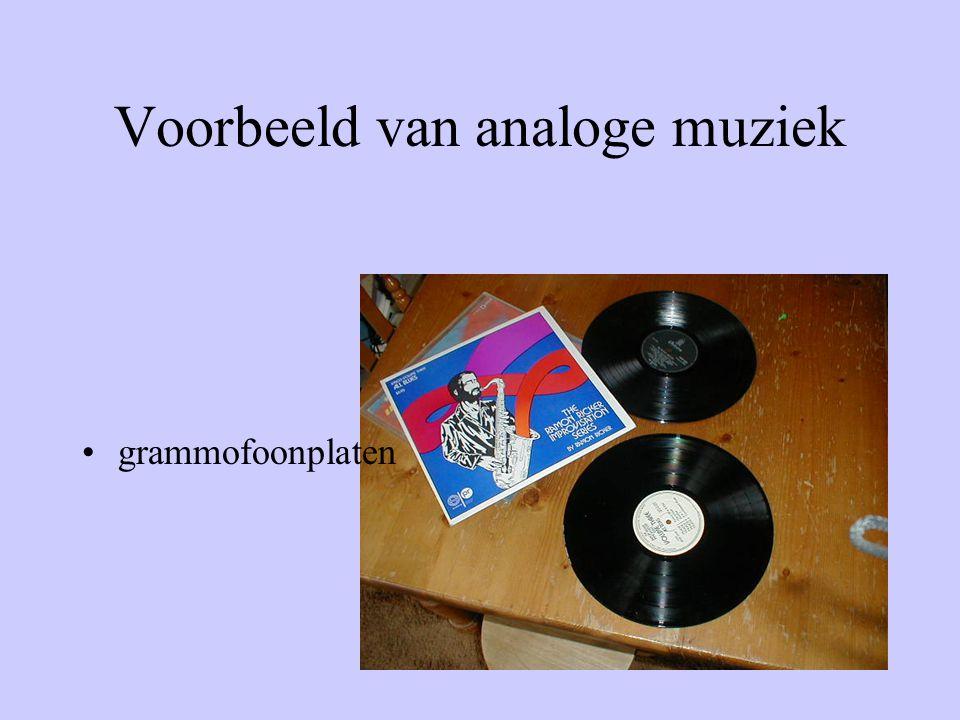 Om deze muziek op te nemen moet je veel geheugen hebben •Harde schijf van 10GB in de computer • Een cd plaat 600 Mb •Dit kan een computer makkelijk verwerken