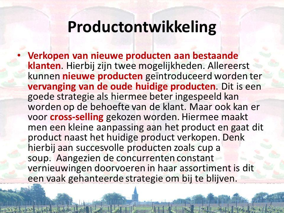 Productontwikkeling • Verkopen van nieuwe producten aan bestaande klanten. Hierbij zijn twee mogelijkheden. Allereerst kunnen nieuwe producten geïntro