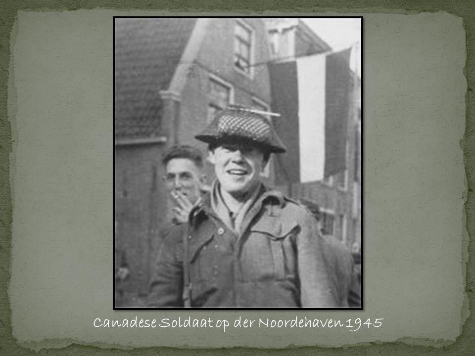 Canadese Soldaat op der Noordehaven 1945