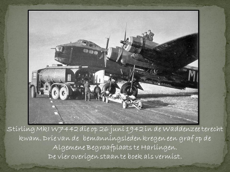 Stirling MkI W7442 die op 26 juni 1942 in de Waddenzee terecht kwam.