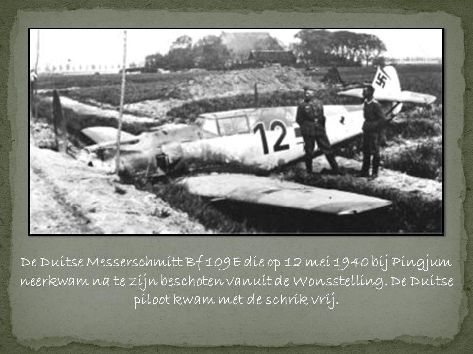 De Duitse Messerschmitt Bf 109E die op 12 mei 1940 bij Pingjum neerkwam na te zijn beschoten vanuit de Wonsstelling.