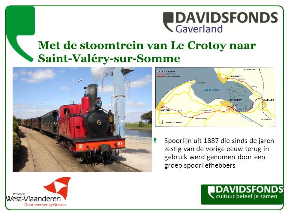 Spoorlijn uit 1887 die sinds de jaren zestig van de vorige eeuw terug in gebruik werd genomen door een groep spoorliefhebbers Met de stoomtrein van Le Crotoy naar Saint-Valéry-sur-Somme