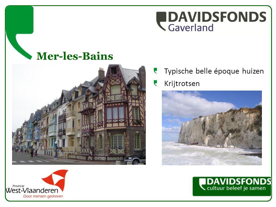 Mer-les-Bains Typische belle époque huizen Krijtrotsen