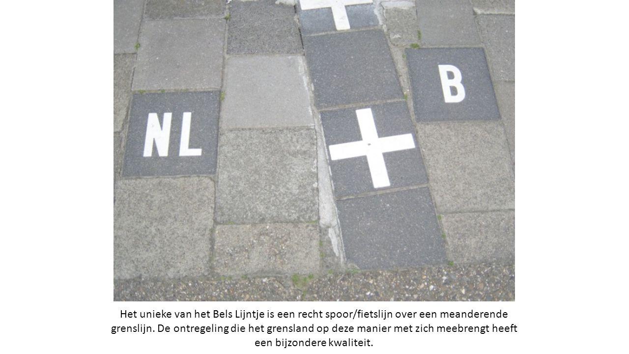 Het unieke van het Bels Lijntje is een recht spoor/fietslijn over een meanderende grenslijn.