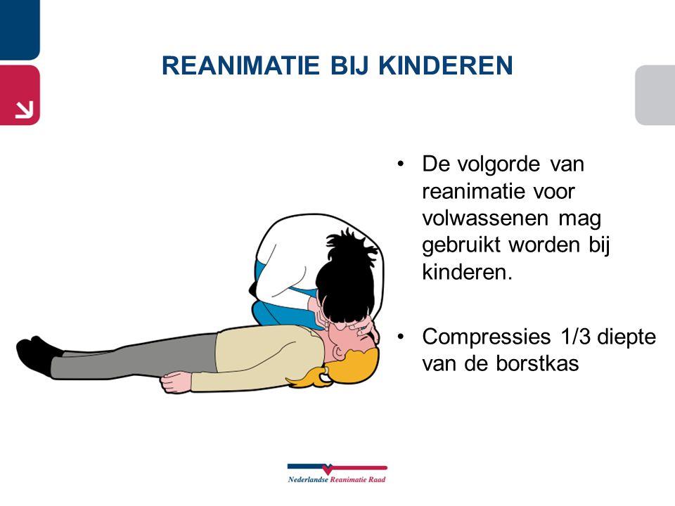 •De volgorde van reanimatie voor volwassenen mag gebruikt worden bij kinderen. •Compressies 1/3 diepte van de borstkas REANIMATIE BIJ KINDEREN