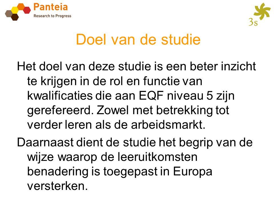 Doel van de studie Het doel van deze studie is een beter inzicht te krijgen in de rol en functie van kwalificaties die aan EQF niveau 5 zijn gereferee