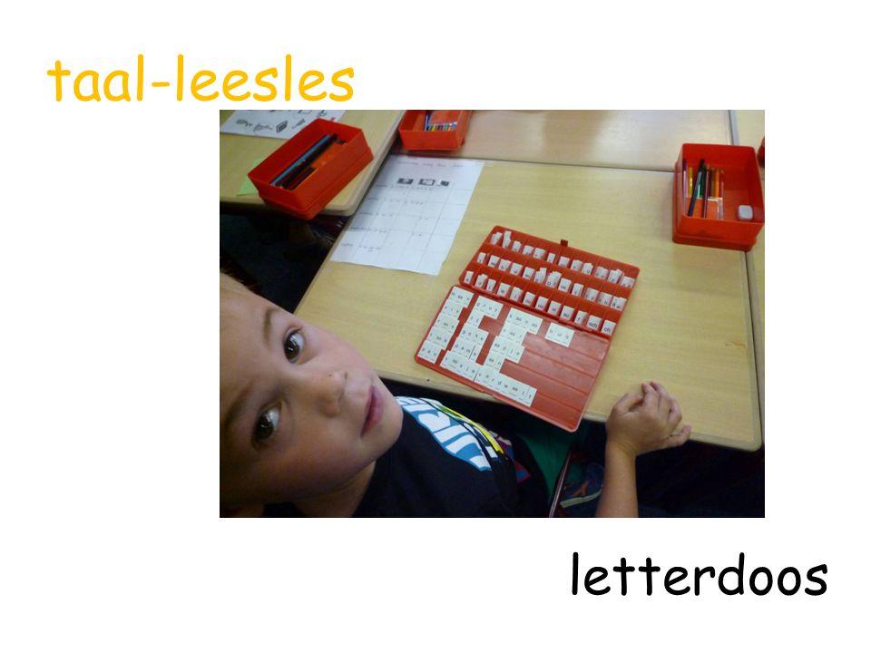 taal-leesles letterdoos