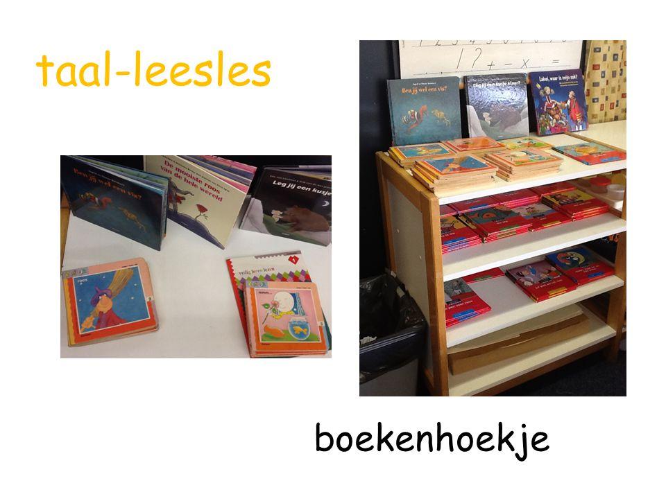 taal-leesles boekenhoekje