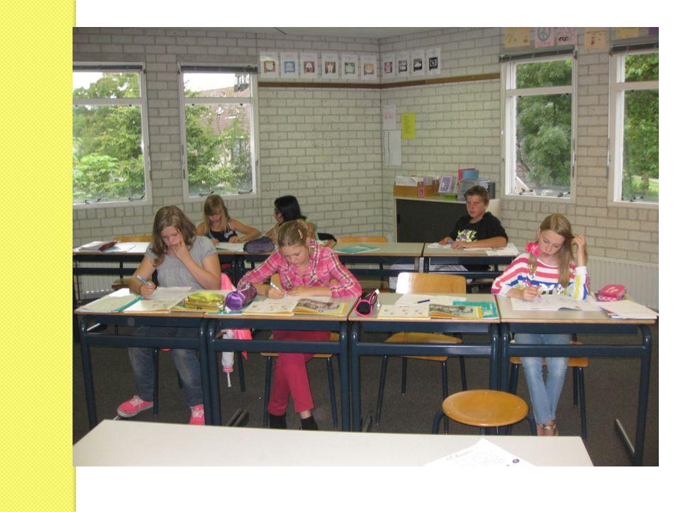 Speciale gebeurtenissen groep 8 Informatieavond Schoolkeuze (donderdag 1 november) Eindtoets (5, 6 en 7 februari 2013) EHBO-lessen Schoolkamp