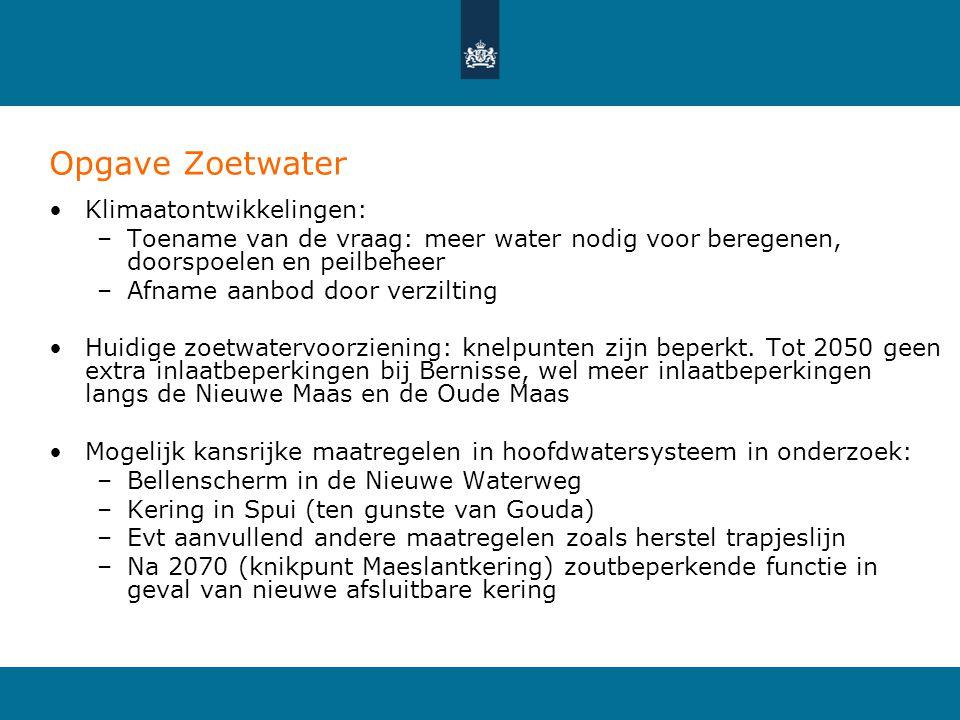 Opgave Zoetwater •Klimaatontwikkelingen: –Toename van de vraag: meer water nodig voor beregenen, doorspoelen en peilbeheer –Afname aanbod door verzilting •Huidige zoetwatervoorziening: knelpunten zijn beperkt.
