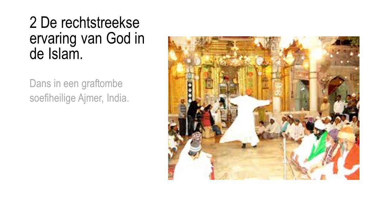 2 De rechtstreekse ervaring van God in de Islam. Dans in een graftombe soefiheilige Ajmer, India.