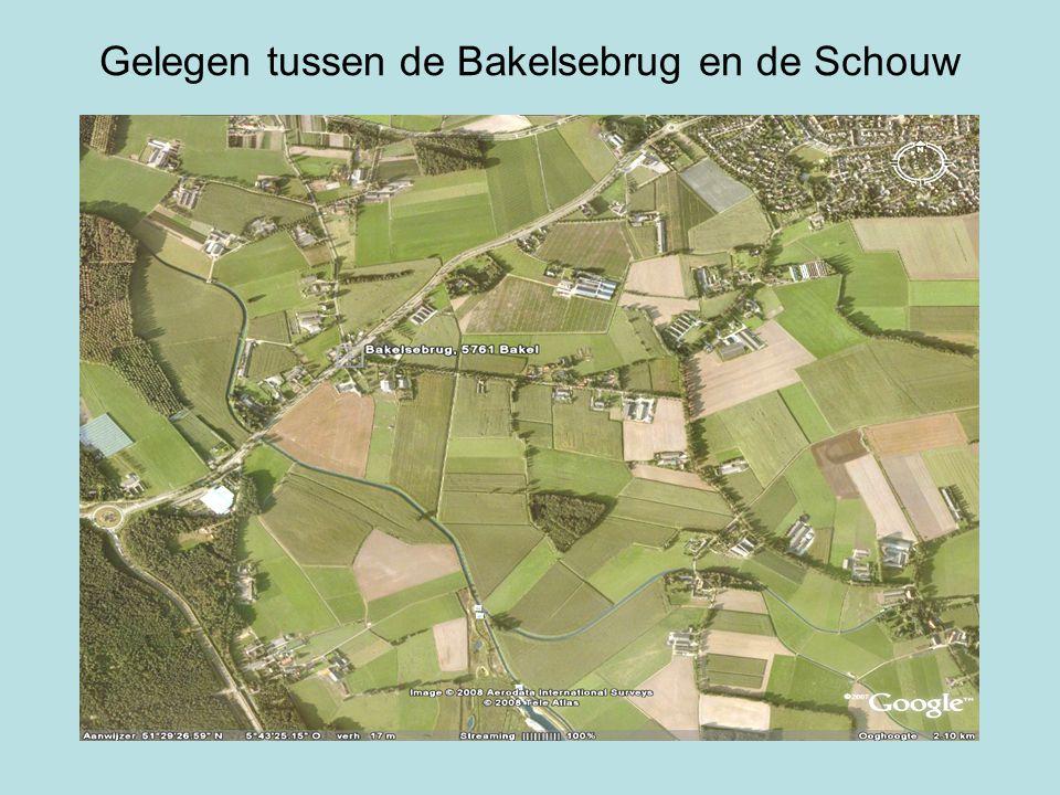 Gelegen tussen de Bakelsebrug en de Schouw