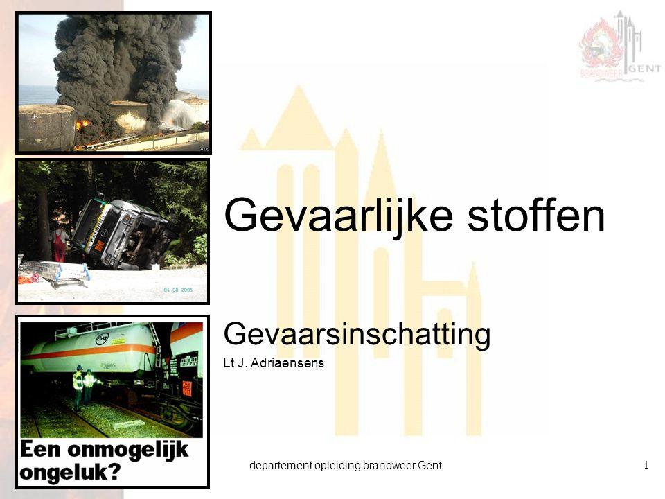 departement opleiding brandweer Gent22 versie 01 21.01.2009 Voorbeeld berekening Regel van 1  Benzine lek  Plasoppervlak= 10 m 2  AGW = 332 ppm of 1000 mg/m³ (BIG)  Dampspanning = ca 400 mbar (BIG)  Wind = 2m/s  Wind = 5 m/s  Instabiel weer: n=1  Stabiel weer: n=0  Plasoppervlak = 100 m 2