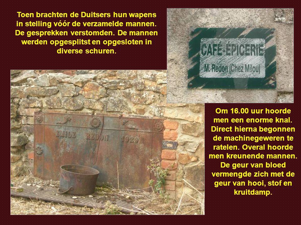 Een Duits officier, die goed Frans sprak, beval burgemeester Desourteaux hem gijzelaars aan te wijzen. De burgervader weigerde en bood zichzelf aan al