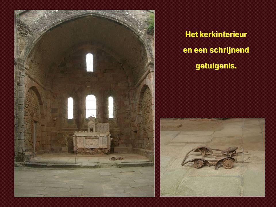 De kerk waarin de vrouwen en kinderen omkwamen.