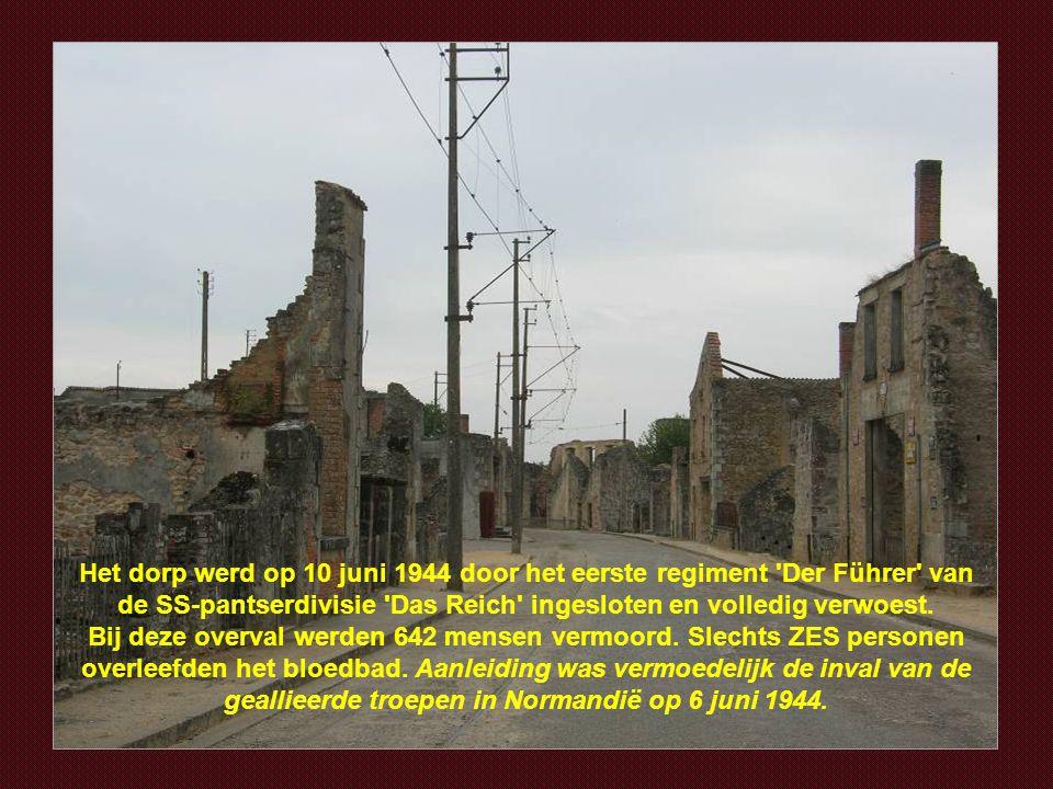 Hier werden honderden vrouwen en kinderen afgeslacht door de nazi's.
