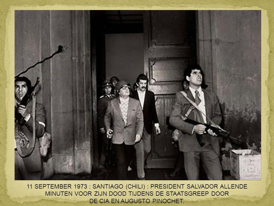 8 JUNI 1972 : TRANG BANG (VIETNAM) : VERBRAND MEISJE NA EEN NAPALMBOMBARDEMENT DOOR DE AMERIKANEN.