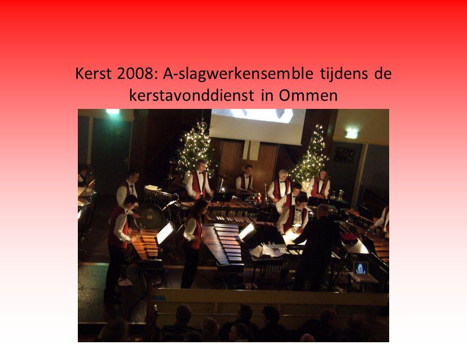 Kerst 2008: A-slagwerkensemble tijdens de kerstavonddienst in Ommen