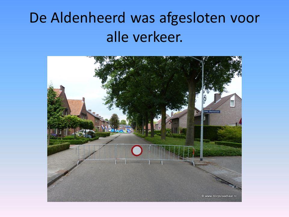 De Aldenheerd was afgesloten voor alle verkeer.