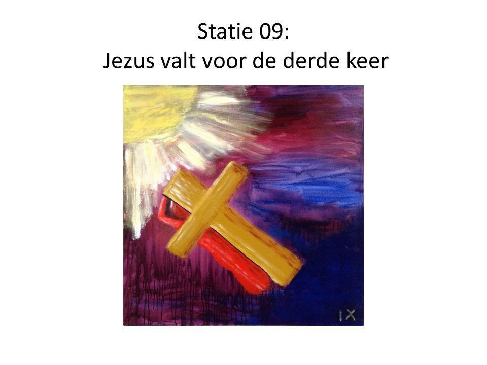 Statie 09: Jezus valt voor de derde keer