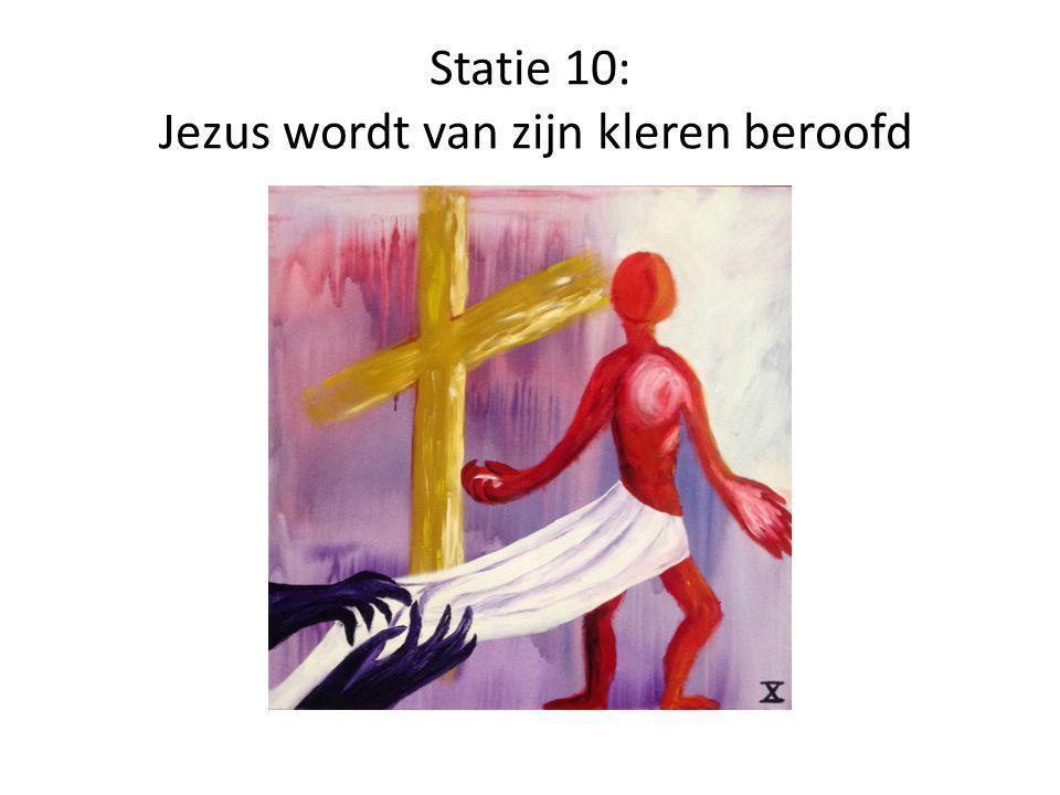 Statie 11: Jezus wordt aan het kruis genageld