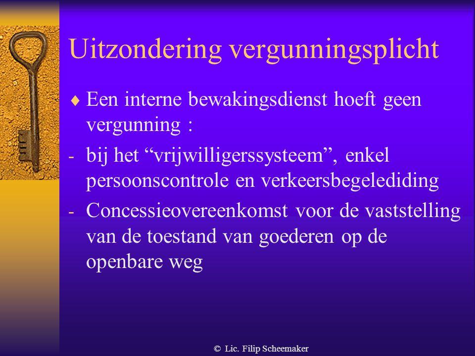 © Lic. Filip Scheemaker Ontleding van de definitie  Een georganiseerde dienst Op structurele wijze, permanent of periodiek.  Door een rechts- of nat