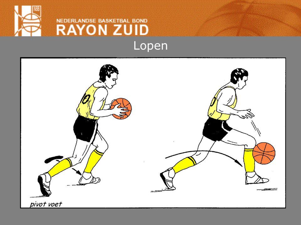 Lopen Speler vangt bal in beweging (of dribbel) tot stilstand komen: •Als één voet vloer raakt: –pivotvoet zo gauw andere voet vloer raakt. –afzetten