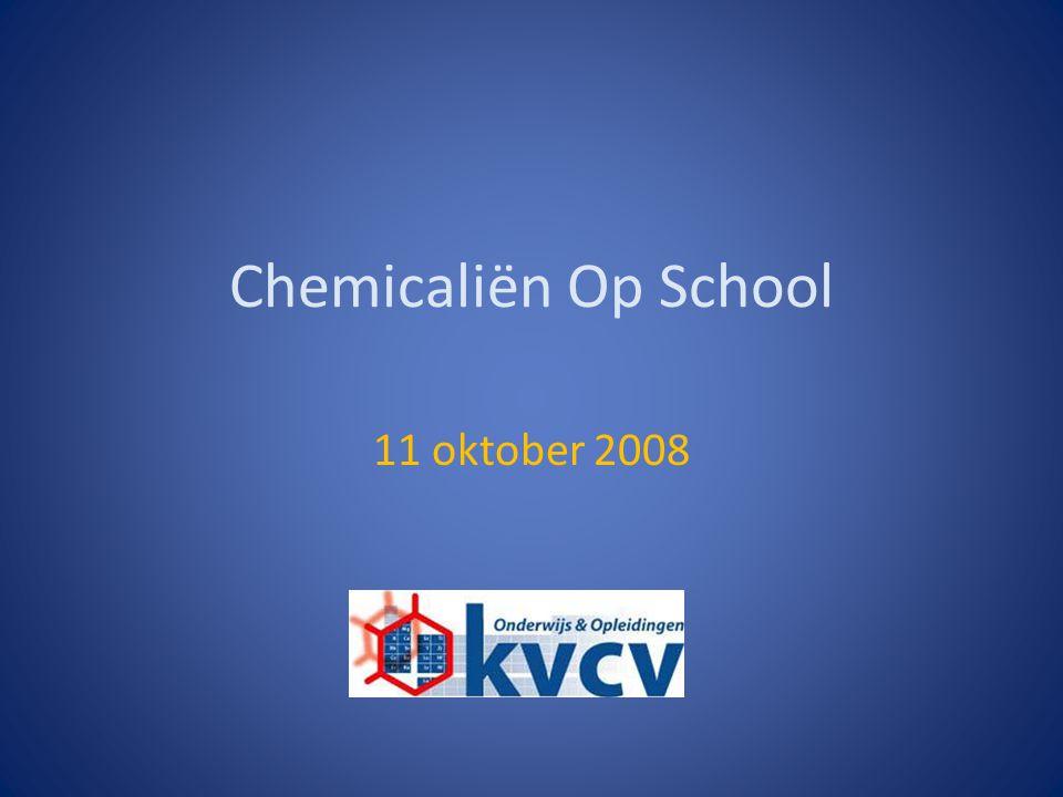 11/10/2008Chemicaliën Op School Marc Verhaeghe Aanbevelingslijst gebruik van chemicaliën Adviezen bij gebruik van chemicaliën Vergunningen Opslag van stoffen GHS: nieuwe indeling en etikettering Afvalbeheer Programma