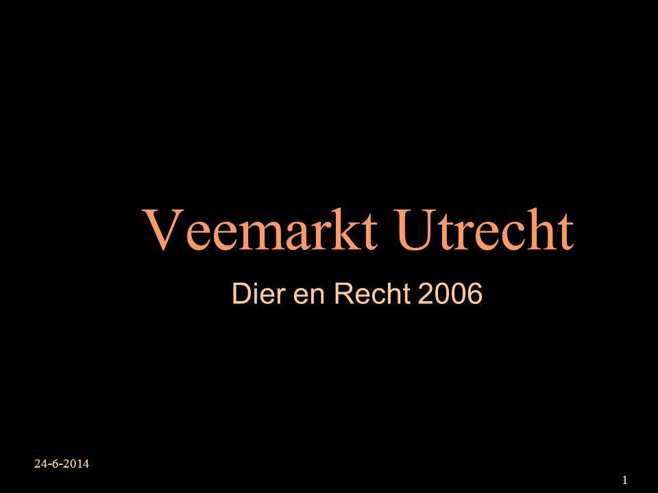 24-6-2014 2 veemarkt Utrecht 04.07.2005 Een doodzieke koe die niet meer op kan staan (downer koe) word herhaaldelijk hard geslagen om haar overeind te krijgen.