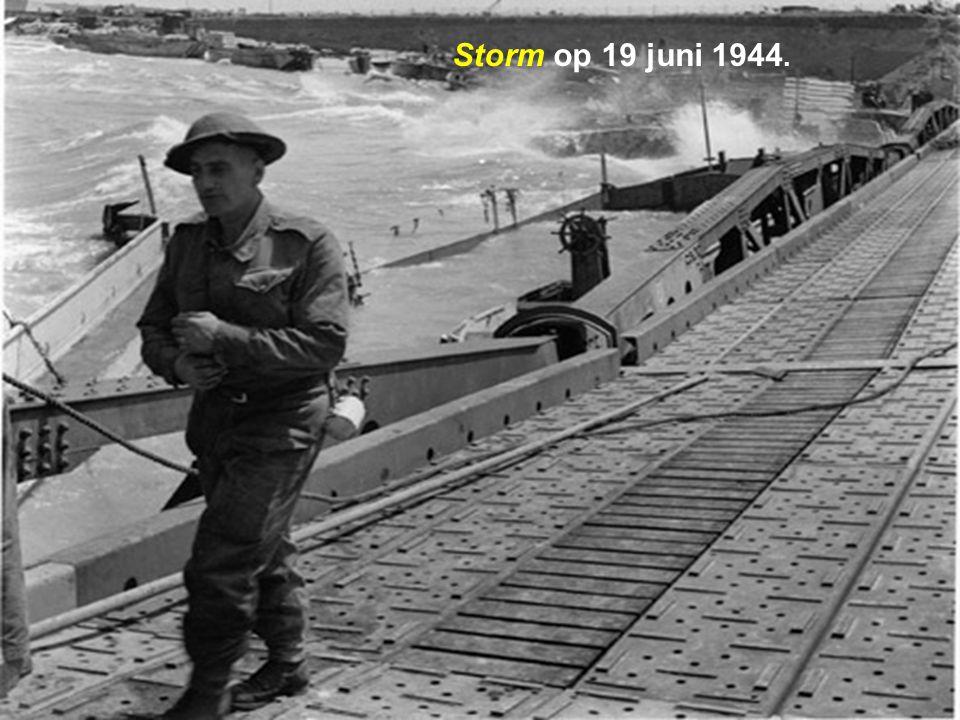Vernielingen door de storm op 19 juni 1944.